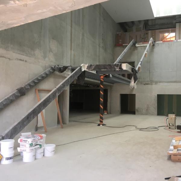 Mise en œuvre escalier hall entrée