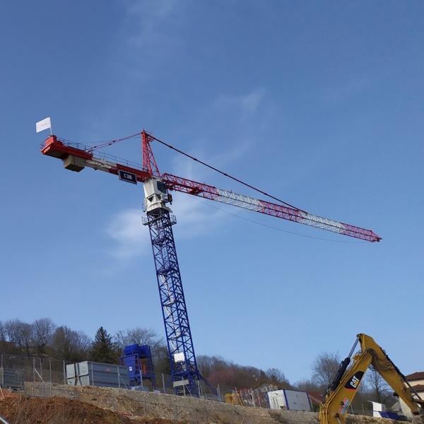 Grue à tour construction logements Néolia Besançon
